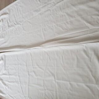 ニトリ:レースカーテン