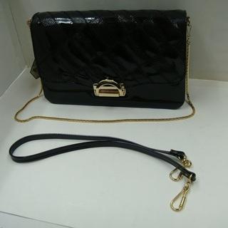 あげます 未使用の婦人用黒エナメルバッグ