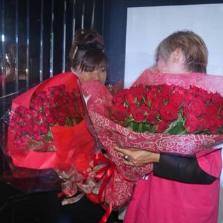 還暦祝い赤バラ花束