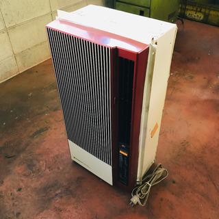 レトロな冷暖房ウインドエアコン