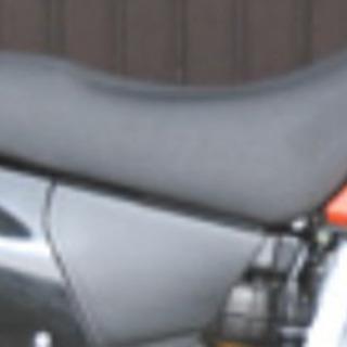 ホンダ  XR250モタード用SDG製シート