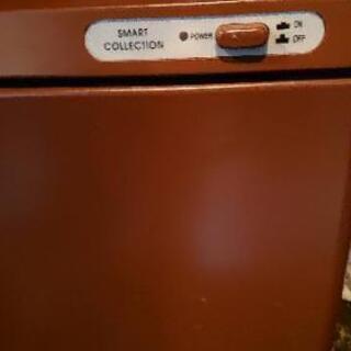 お絞り、タオルなどの保温器