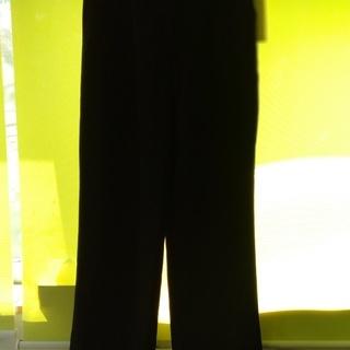 杼紗絇(日本製) ブラックパンツ