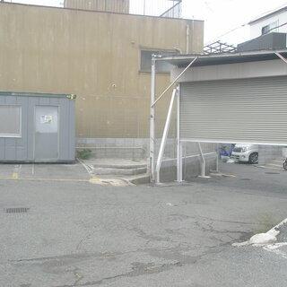 ☆駐車場付きスーパーハウス