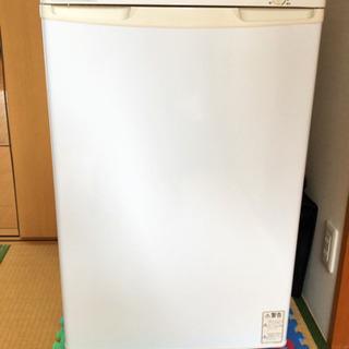 電気冷凍庫 日本ゼネラルアプライアンス ノーフロスト 電気冷凍庫...