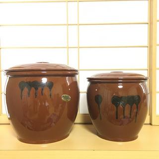 漬物壺です。 梅干しや漬物などに使えます!