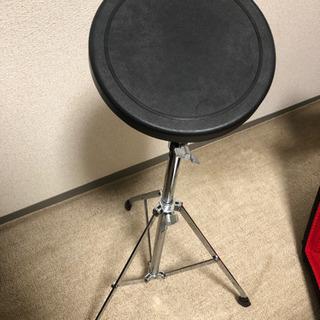 ドラム練習パッド+スティック譲ります!!