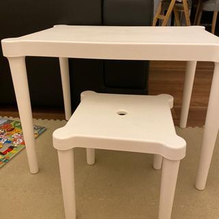 IKEA 子供用テーブルと椅子セット 机  デスクの画像