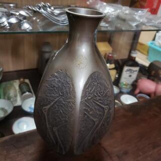 勝峰作 鋳銅製 双鶴文六角花瓶