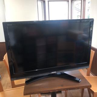 40型と42型のジャンク液晶テレビ