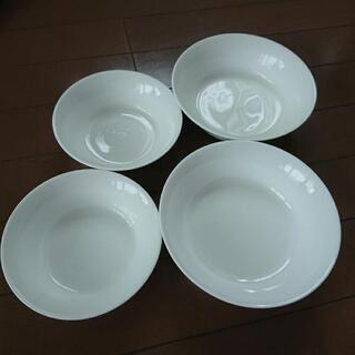 無印 ボーンチャイナ お皿4枚セット