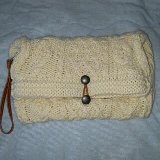 毛糸編込みクラッチバッグ