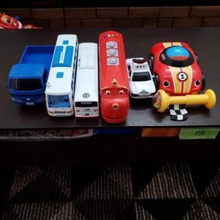 子供おもちゃ車いろいろ