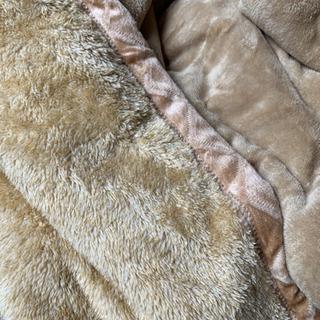 体温で発熱するなめらか吸湿発熱毛布