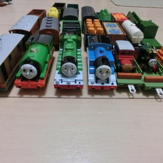 トーマスと仲間たち 4編成セット プラレール