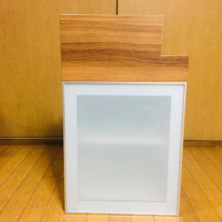 吊り戸棚 タカラスタンダード ガラス戸+木目幕板
