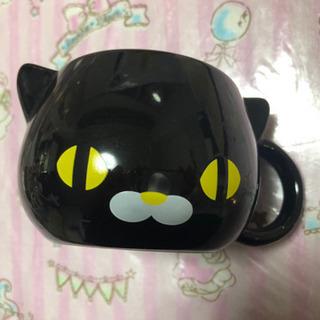 黒猫のマグカップ