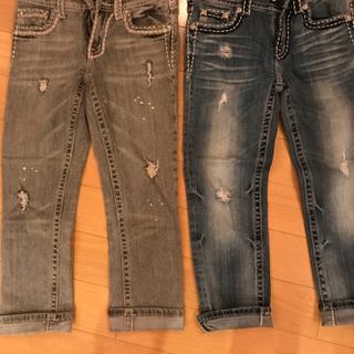 カブリナ丈のジーンズ