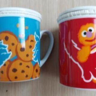 新品♪エルモ・クッキーモンスター♪ペア♪マグカップ♪