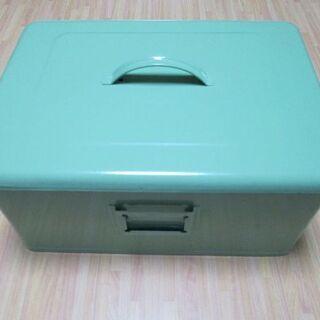 カントリー雑貨のボックス