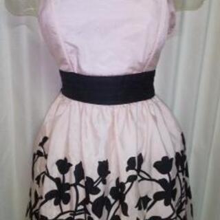 ピンク ドレス 肩ひもなし タグ付き未使用品