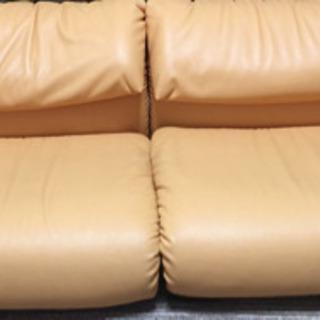 合成皮革ソファー(K3にて購入)