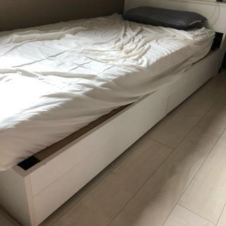 シングルベッドとマットレス