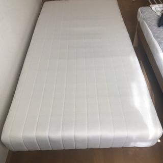 シングルサイズベッド(脚付きマットレス)