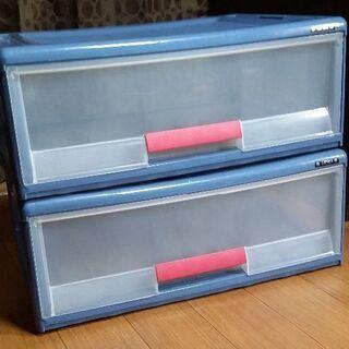 押し入れ収納ケース2個と防ダニ抗菌敷紙6畳用2セット