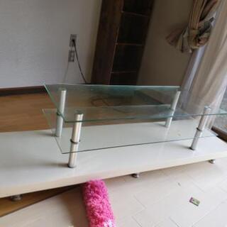 ガラステレビ台!