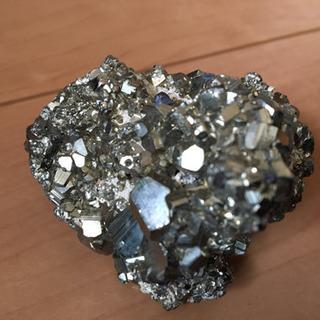 鉱石 220g