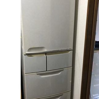 古い冷蔵庫 0円です