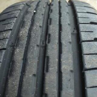 社外ホイールの軽自動車などに タイヤを2本買ってください。