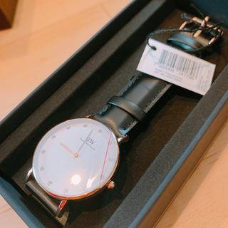 新品箱付き!ダニエルウェリントン 腕時計 0951DW