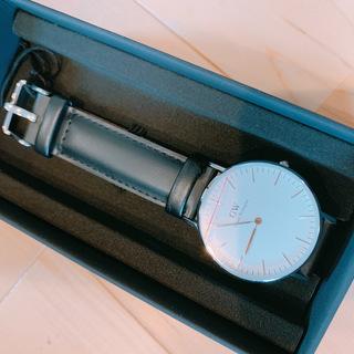 新品箱付き!ダニエルウェリントン 腕時計 0608DW