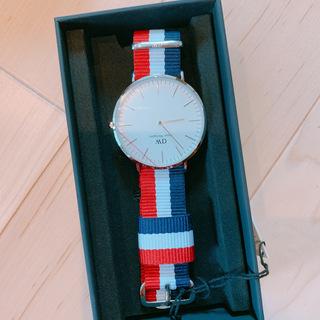 新品箱付き!ダニエルウェリントン 腕時計 0203DW