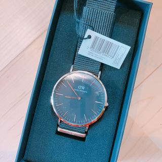 新品箱付き!ダニエルウェリントン 腕時計 DW00100148
