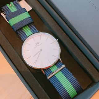 新品箱付き!ダニエルウェリントン 腕時計 0205DW