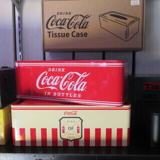 【新品・入荷しました!】コカコーラ・アイアンティッシュケース 2色