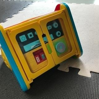 赤ちゃん 0歳 1歳の好奇心旺盛な子供に  知育おもちゃ