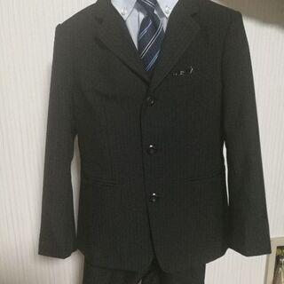 子供用スーツ 七五三や発表会ようにおすすめ