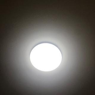 LED シーリングライト(8畳)