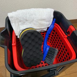 洗車セット 便利なカゴ内蔵バケツ&洗車用具