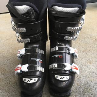 ジュニア用スキーブーツ 24.0-24.5cm