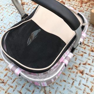 小動物用のキャリーバッグ
