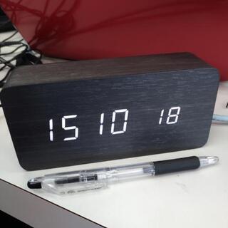 電波時計 木目調 温度計アリ