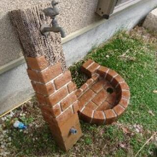 レンガ水栓柱、ガーデンパン、蛇口