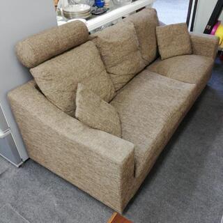 3人掛けソファー、お売りします。