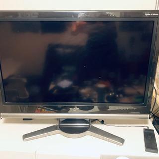 32型AQUOSフルHDテレビ9000円で売ります!