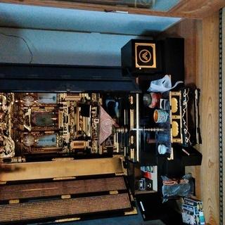 半額以下です。大きな仏壇です・ 仏具も全て付きます